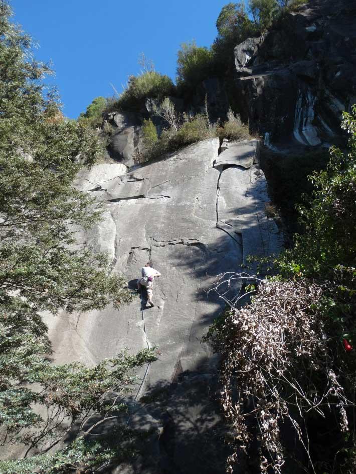 "Rodrigo escalando ""Fisura Digital"", un ruton!."